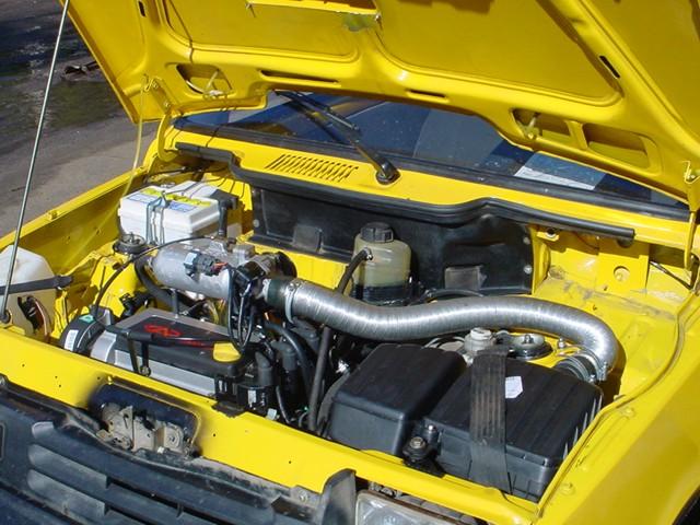 Двигатель автомобиля ока.